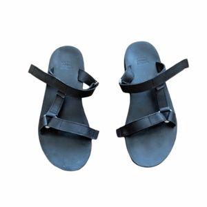 6dbc13a1c Teva. NEW Teva Black Leather Universal Slide Sandal